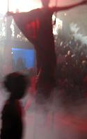 O espetáculo mescla técnicas de Circo e o teatro